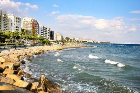 Покупать недвижимость на Кипре выгодно